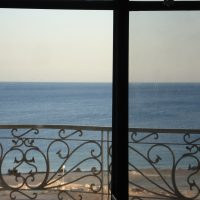 2 bedrooms flats sea view for short and long term rent