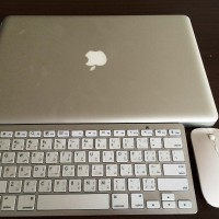 Apple Macbook Pro 8.2 A1286 , i7 2.4Ghz, 8GB ram , 750 GB Hdd