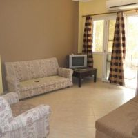 Bargain 2 Bed Sunny Lakes - Renovators Dream Buy