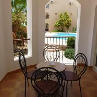 2bedroom apartment, 10 min from the airport.