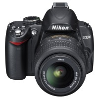 Nikon D3000 used/ almost new