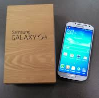 SAMSUNG S4 WHITE, AS GOOD AS NEW