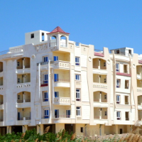Brand new built freehold apartment with large pool on resort and payment scheme available