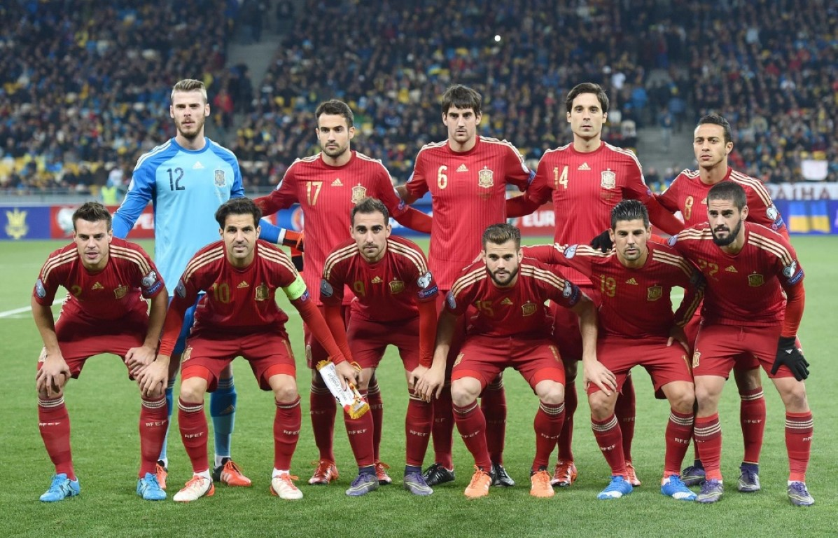 team photo for Spain